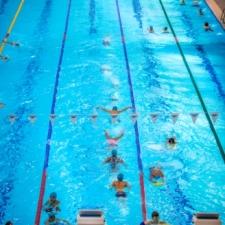 Six lanes swim 4