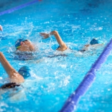 Swimmers overtake
